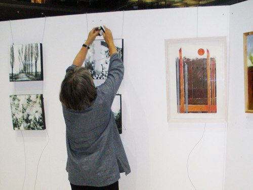 hwat-forum-norwich-setting-up-art-exhibition-pics-01
