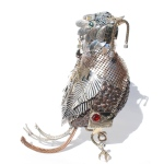 anne-steel-sculpture-bird-with-worm